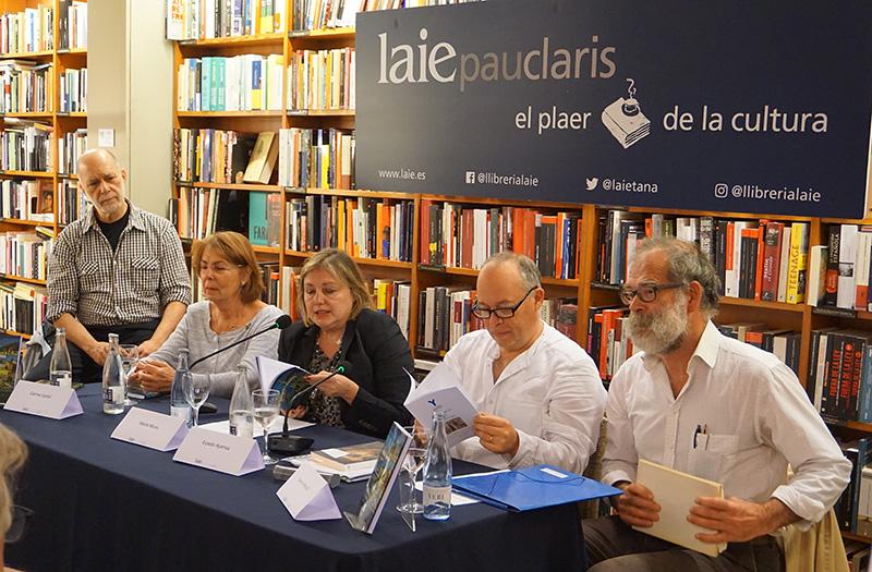Presentació de Viatges i poemes a la llibreria Laie